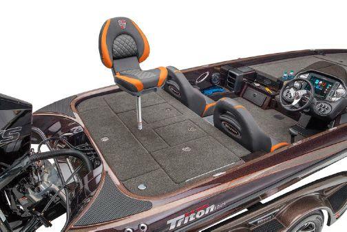 Triton 21 TRX Patriot image