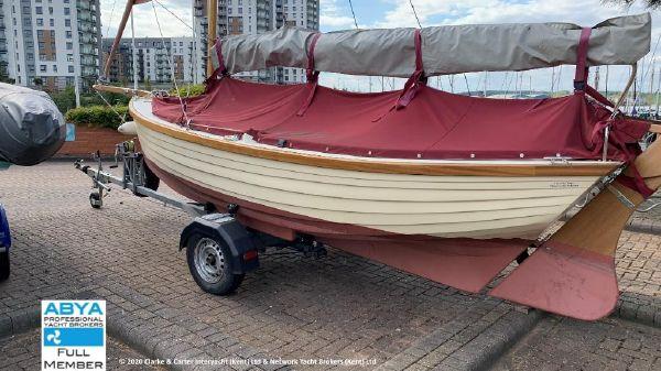 Character Boats Coastal 17
