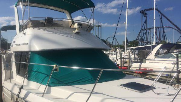 Carver 300 Aft Cabin Motor Yacht