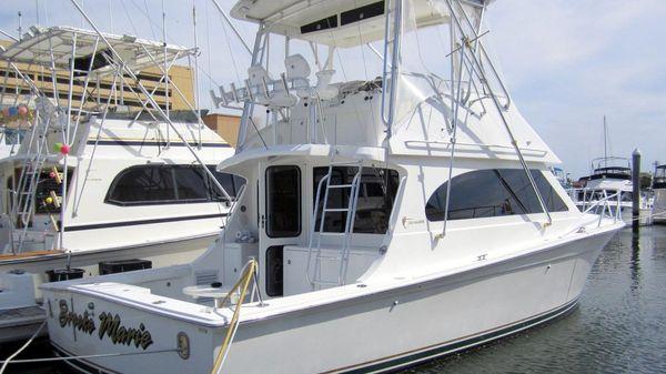 Egg Harbor 37 Sport Yacht