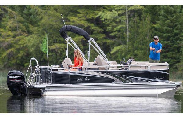 2019 Avalon LS Rear Fish - 24'