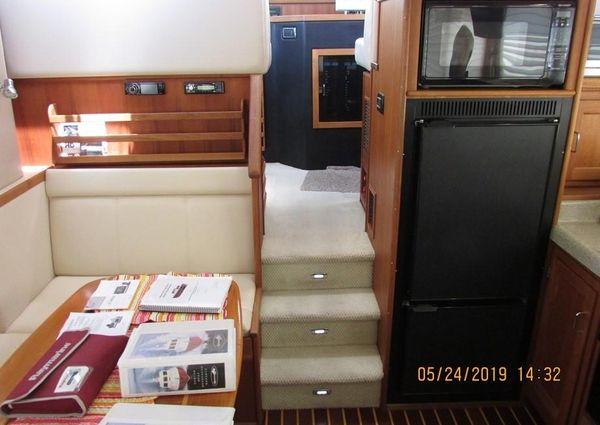 American Tug 34 Flybridge image