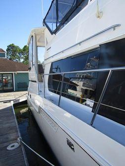 Carver 406 Aft Cabin Motor Yacht image