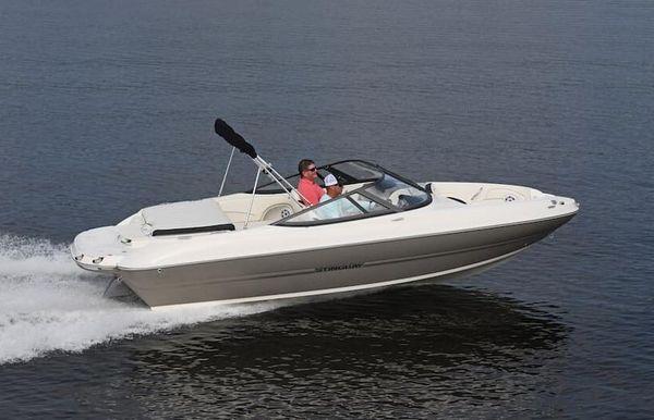 2021 Stingray 208 LR