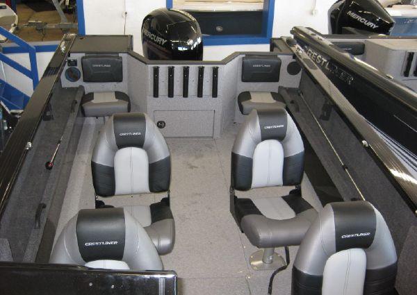 Crestliner 2050 Commander image