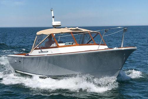 Hunt Yachts 30 image