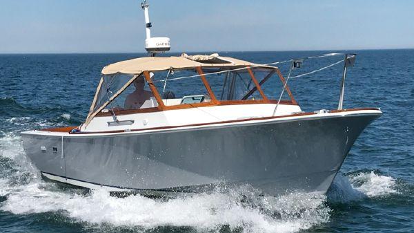 Hunt Yachts 30