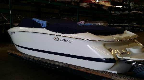 COBALT BOATS 2003 Cobalt 220