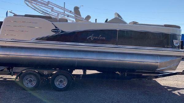Avalon Catalina 2185 Quad Lounge