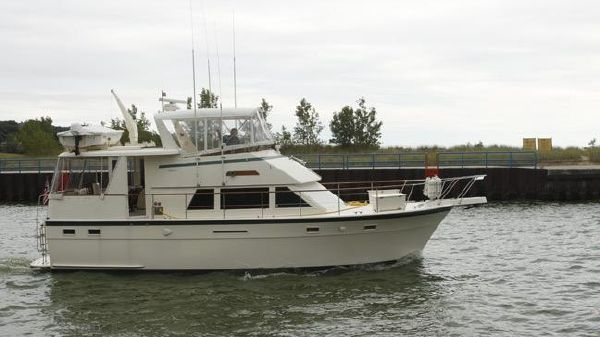 Hatteras 43 Motor Yacht