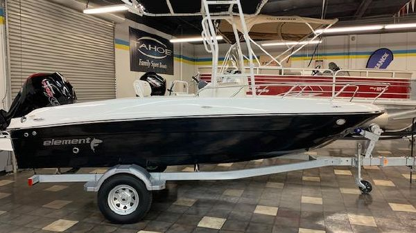 Bayliner T18Bay
