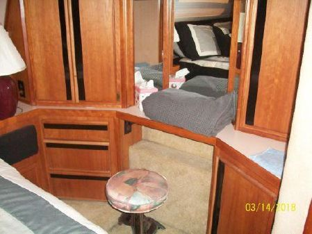 Sea Ray 440 Aft Cabin image