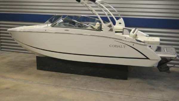 COBALT BOATS R5