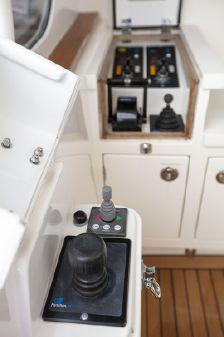 Hunt Yachts Ocean Series image