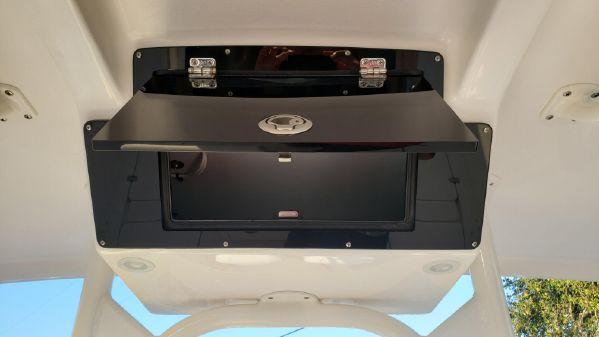 Century 2900 Center Console image