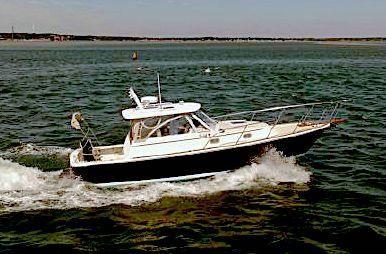 Hunt Yachts Hunt 33