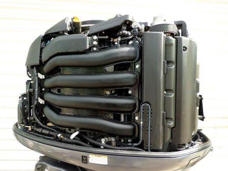 Yamaha V8 F350hp 30