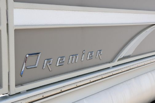 Premier 240 Sunsation Tri-toon image