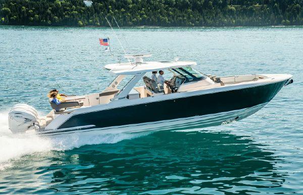 2022 Tiara Yachts 43 LS