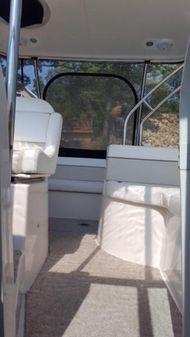 Rinker 370 Express image