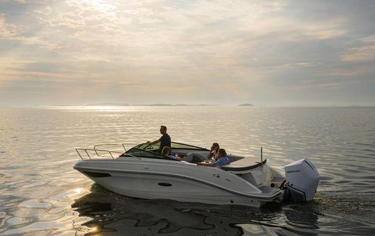 Sea Ray Sun Sport 230 Outboard image