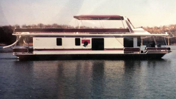 Sunstar 16' x 65' Houseboat