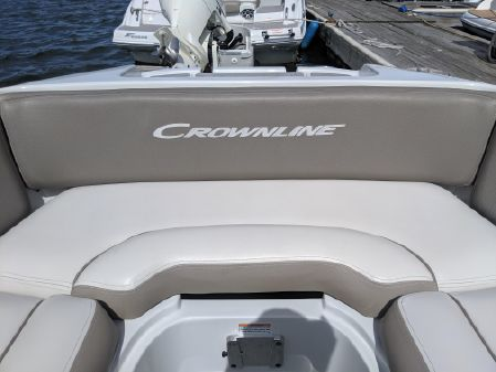 Crownline E 215 XS image