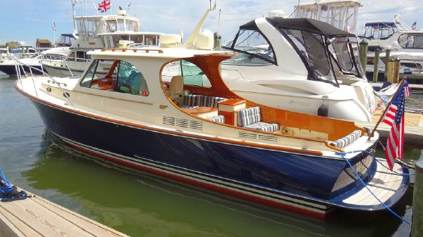 Hinckley Picnic Boat MKIII WIRELESS