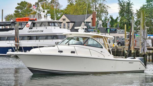 Pursuit 345 Offshore Port Side