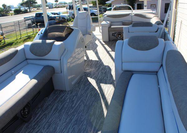 Avalon Catalina FunShip image