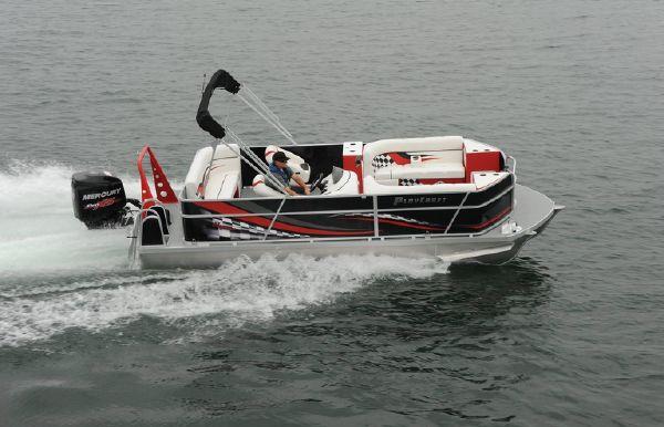 2018 Hampton 2300 Daytona