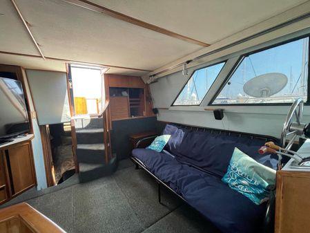 Sea Ray 440 Aft Cabin image