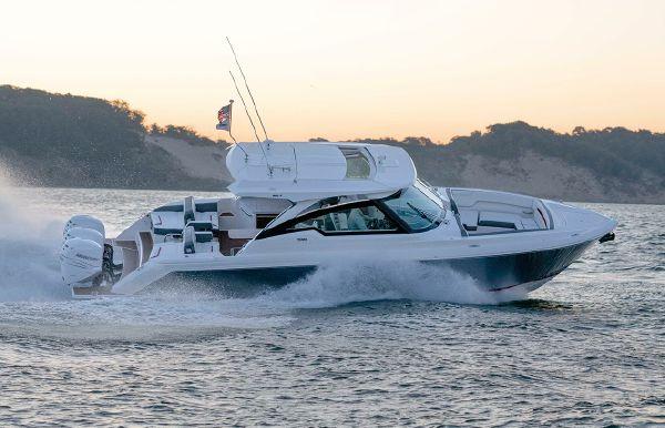 2022 Tiara Yachts 38 LX