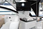 Rinker 310 Express Cruiserimage