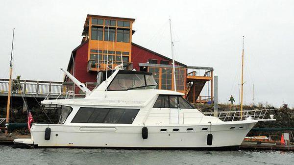 Bayliner 4788 Raised Pilothouse 4788 Bayliner Pilothouse Dockside