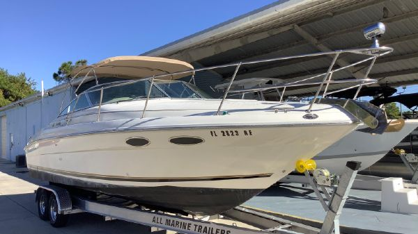 Sea Ray 280 Cabin Cruiser