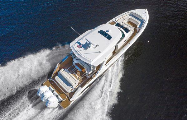 2022 Tiara Yachts 48 LS