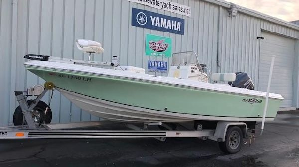 Sailfish 1900 BB Bay Boat