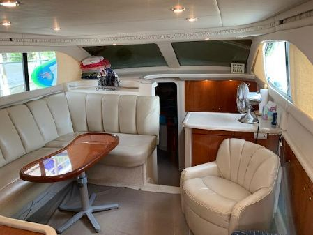Sea Ray 370 Aft Cabin image