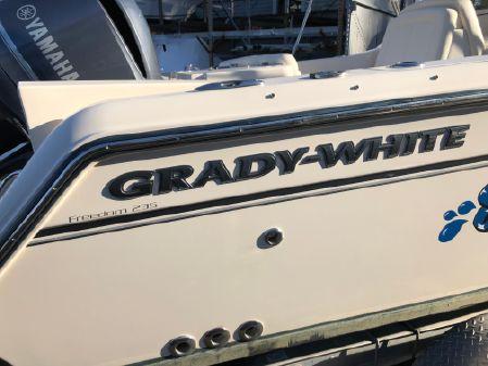 Grady-White Freedom 235 image