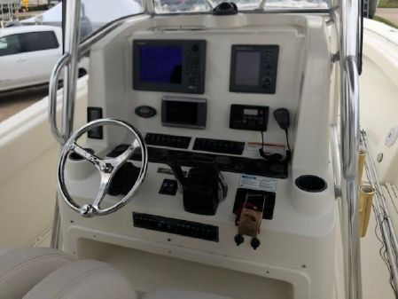 Pursuit 3480 Center Console image
