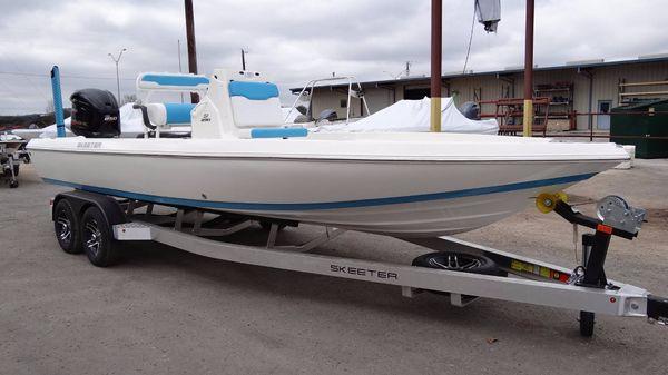 Skeeter SX 230 BAY