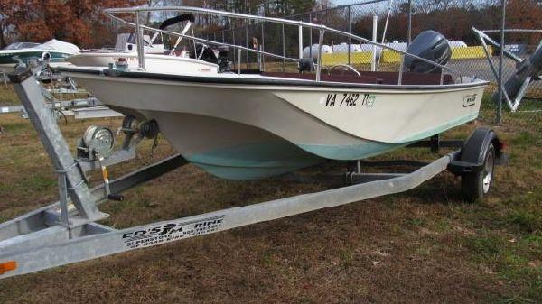 Boston Whaler 17 Sport