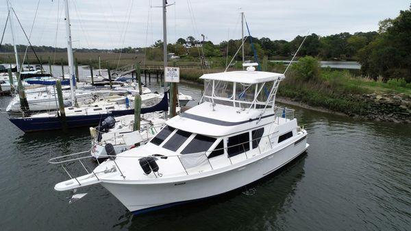 Tollycraft Sport Yacht 39