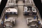 Bennington R 23 Sportback Stern Loungeimage