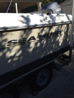 Sea Hunt Ultra 210 image