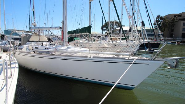 Robertson Farr 44