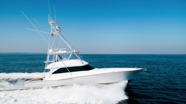 Viking Sportfish Convertible Running Shot