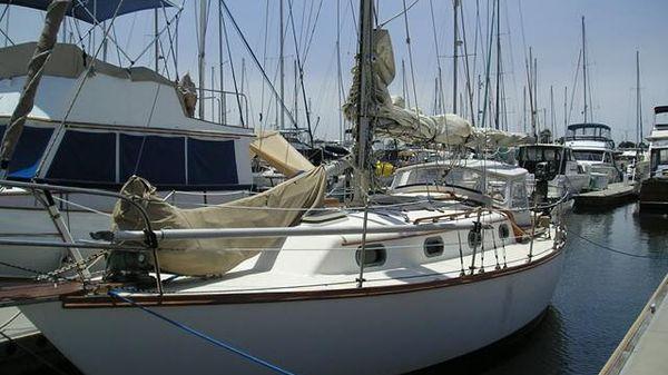 Cape Dory 31