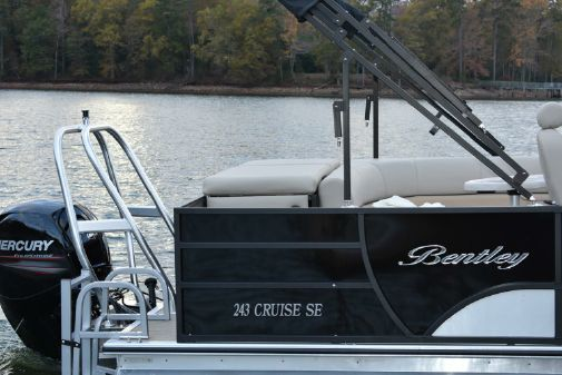 Bentley Pontoons 240 CRUISE image